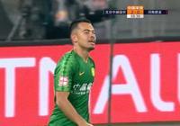 中國足球歷史性時刻:歸化球員首個進球到來 25年新紀錄誕生