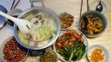 媳婦做的幾道特色的家鄉菜,很合我的胃口,喝了3兩白酒