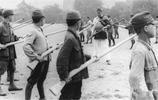 老照片的故事:日本投降前都在幹嘛?圖6為日軍提供服務的學生