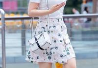 """5月突然冒出一款""""胖丁裙"""",看起來清新時髦,穿上身好顯胖!"""