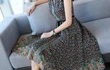 穿上碎花連衣裙,至少可以年輕5歲,減齡青春款你愛嗎?