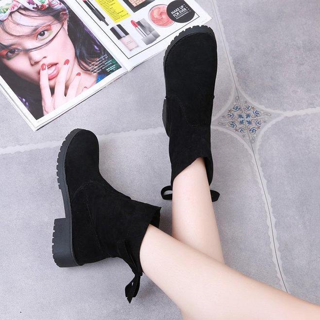 小白鞋,扔了吧!溫州新款:馬丁靴,保暖不累腳,忒迷人