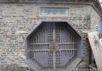 紀念東漢末年壽春令時苗為官清廉,而修建的壽縣留犢祠巷景點