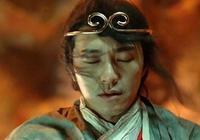 他功夫了得,是李小龍的師侄,沒想到卻成了最成功的喜劇明星