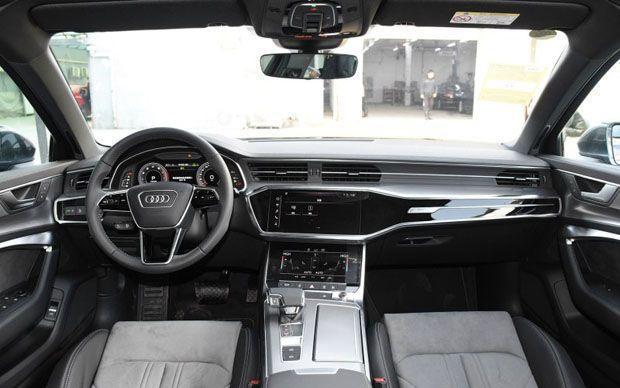 奧迪王牌SUV大降價!原價39.28萬,現直接降6萬,還買寶馬X3嗎?