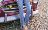 T恤+託腹褲,超時尚的春季穿搭法,讓孕媽甜美可愛,重返18歲