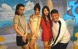 陳冠希舊愛穿吊帶短裙參加節目錄制,36歲舉動大膽,身材傲人!