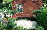 李媛媛墓,李媛媛去世時兒子兩歲,幾千名群眾和影迷自發為她送行