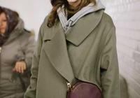 楊冪劉雯沈夢辰關曉彤這個秋冬都穿 衛衣+大衣,這種玩法美上天了