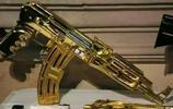 黃金 AK