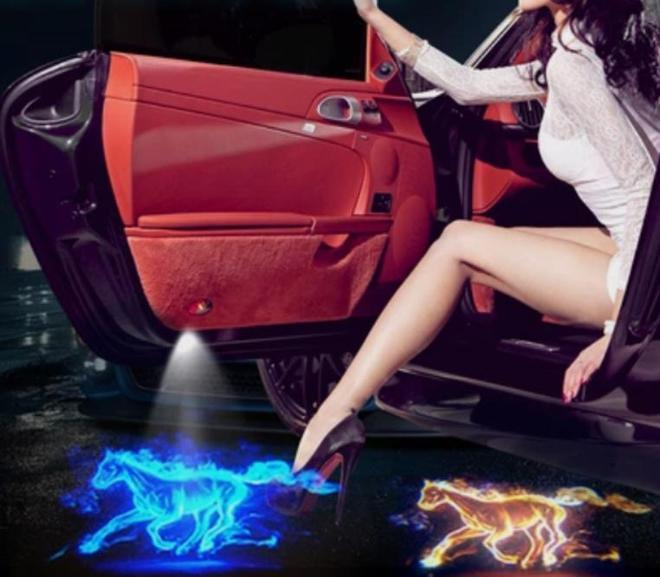 """中國新發明""""膠囊燈""""上市,比汽車大燈還拉風,專為長途黑夜而生"""