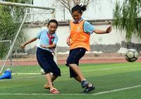 濟南11歲足球少女火了,12場比賽獨進75球,已被知名教練相中