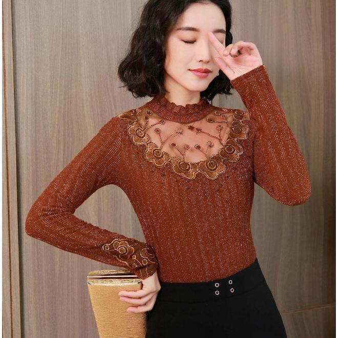 過氣的毛衣別穿了,今年流行這種蕾絲衫,單穿打底都美嫩,還不貴