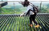 """比張家界玻璃橋更恐怖!重慶""""世界第一天空懸廊""""創吉尼斯紀錄!"""
