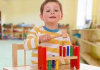 瞭解蒙特梭利教育的3大要素,讓有愛又有知識的家長帶孩子不累