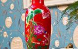 家需要鮮花裝點,擺個復古的陶瓷花瓶,生活更有品味和書香氣息