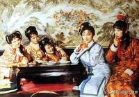 史湘雲做了這幾件蠢事後,薛寶釵不得不遠離她