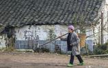農村老人和城裡老人的不同,10張圖對比晚年生活,沒有好與壞之分