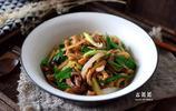 這食材連吃三天不膩,搭配青蒜還能防感冒,冬天多給家人吃!
