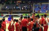 完美逆轉,中國男籃藍隊險勝伊拉克,在場黎巴嫩華人興高采烈!