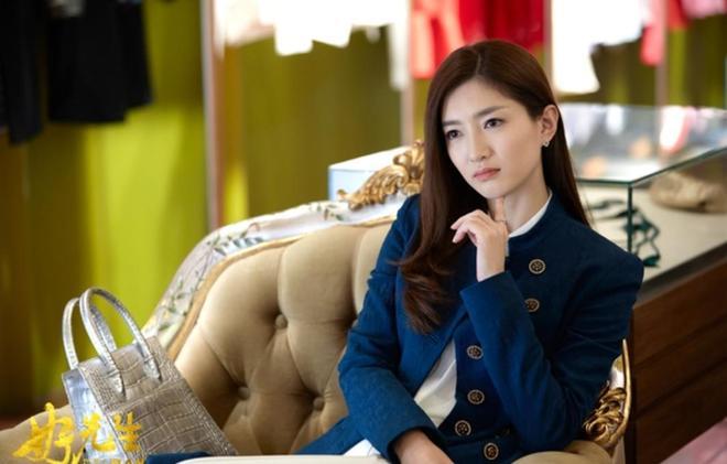 靳東新劇搭檔她,比唐晶的cp杆還要強,一個霸道總裁一個氣質美女!劇要火!