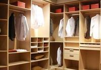 打衣櫃是用木工板還是免漆板好?