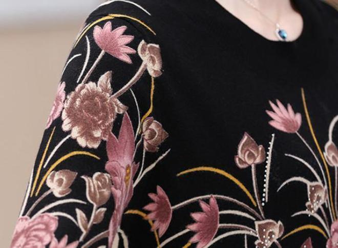 年齡在51-76歲媽媽們,瞧這6款洋氣媽媽裝,任誰穿都美嫩