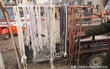 農村大集75歲大爺祖傳老手藝為農民服務50年,小物件大作用賣20元