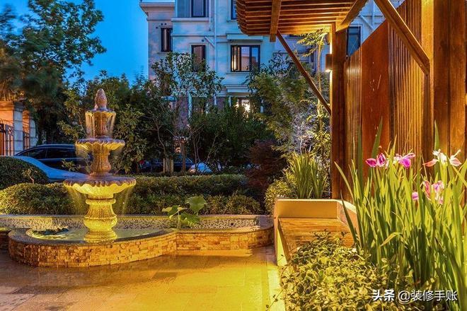 別墅的小後花園,按自己的喜好拼湊出來的,給大家晒一晒