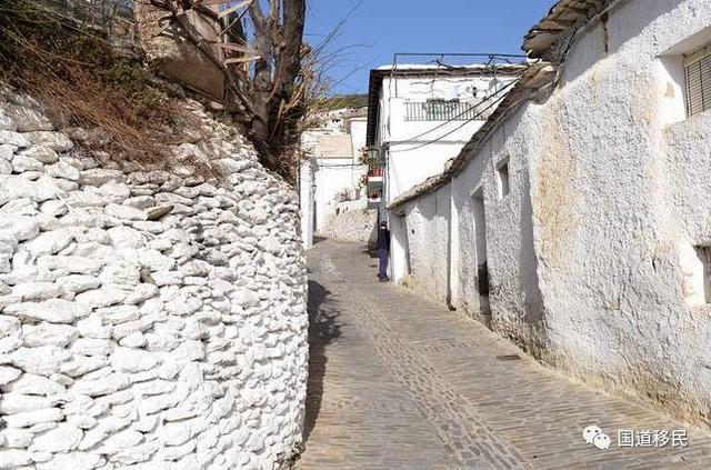 移民西班牙那些值得一去的西班牙小鎮