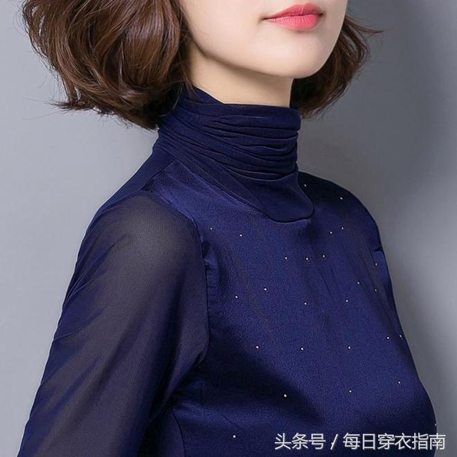 比襯衫還好穿的打底衫,適合45歲以上中年女人穿,優雅舒適顯年輕