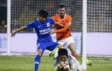 中超第六輪武漢卓爾主場1:1上海綠地申花,伊哈洛為申花攻入一球