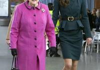 92歲英國女王疼愛孫媳婦,親自開車帶她兜風,凱特好招長輩喜歡