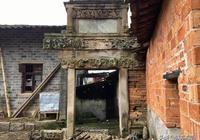 """國家4A級景區靈谷峰腳下有一座400多年的牌坊,石雕堪稱""""一絕"""""""