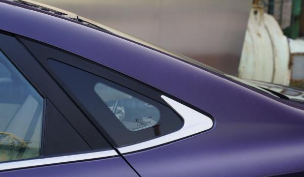一款沒落的國產車,大尺寸車頭7萬起,中控臺和奔馳家族也有一拼