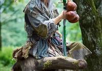 洪七公把幫主傳給黃蓉原來是有陰謀的,如何評價洪七公這位幫主?