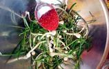 簡單3步,3種調料,來一道屬於春天的下飯菜,拌小根蒜!