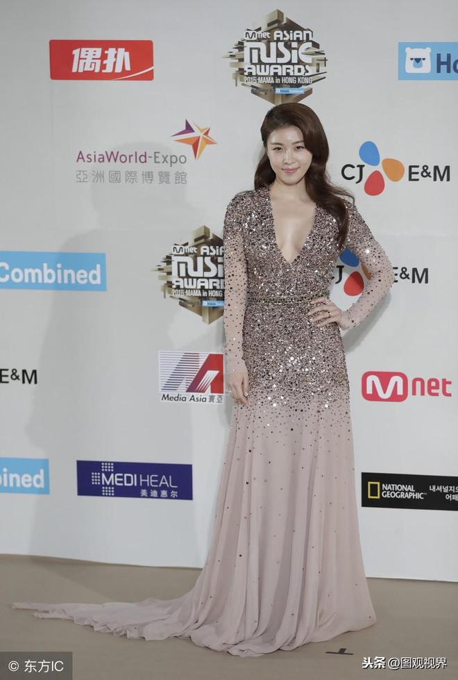 提到韓國的女演員,河智苑絕對不會被忘記,美貌與演技都有