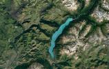 新疆北部的這個湖泊,面積只有45平方公里,蓄水量卻達53億立方米