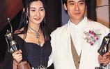 在男友窮困潦倒時嫁給他,如今又老又醜,卻被丈夫寵成公主