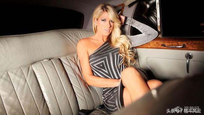 性感大師,WWE世界百大美女凱莉凱莉激情性感寫真,感受誘惑吧