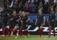 世界盃揭幕戰0-4慘敗!韓國隊被東道主打回原形,或難出線?
