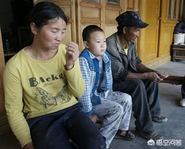 農村兩兄弟都在外打工,哥哥與外地媳婦在外安家,弟弟回老家結婚買了房,這種情況下哥哥還有家回嗎?