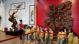 湛江這村莊有個藝術館:崖柏根雕千奇百怪,奇石恐龍化石價值連城