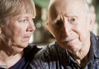 60歲後,常保持這一睡姿的人,往往不易患老年痴呆症,看你是嗎?
