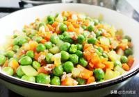 嫩豌豆正當吃!做個炒三素,色香味美,關鍵是對孩子視力有好處