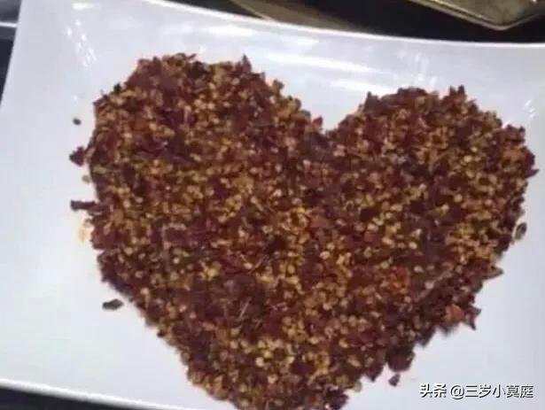 """陳赫火鍋店火了!連魚都是""""吊""""起來吃,網友:不愧是天才級吃貨"""