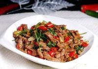 野山椒炒牛肉,加入了辣感強勁的野山椒,牛肉鮮香美味,非常下飯