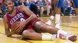 NBA十大球星無法破解的絕殺技,詹皇坦克式進攻,麥蒂幹撥跳投