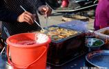 影像記錄|農村大集賣雞蛋餅的夫妻,3.5一個一天可以賣200個